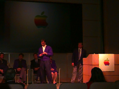 Steve Jobs e Gil Amelio alla Apple Town Hall, 1996