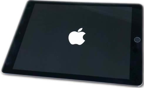 iPad bloccato sul logo Apple